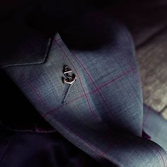 PIETER PETROS || MIAMI I || An Anchor symbolizes strength and every #PPsuit has an anchor lapel pin to remind you of the strength within. Closeup of the lapel pin in #Miami1