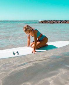 Alana Blanchard, Beach Aesthetic, Summer Aesthetic, Aesthetic Outfit, Kitesurfing, Surf Van, Maui, Hawaii, Surf Girls