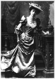 財閥三井高辰の娘 きょう Kyō, Daughter of Mitsui conglomerate Takatatsu Mitsui Meiji & Taisho Romantica