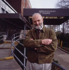 Portrait of British-born neurologist and author Dr Oliver Sacks standing in the admittance driveway of Beth Abraham Hospital with his arms crossed over his chest, New York City. (Photo by Nancy R. Oliver Sacks, Arms Crossed, Storytelling, Take That, The Incredibles, Libraries, City Photo, Cancer, Archive