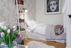 Swedish bedroom designs - When it comes to apartments Scandinavians, the living space is usually the most attention due to its spectacular designs. Living Room And Bedroom In One, Home Bedroom, Home And Living, Bedroom Decor, One Room Apartment, Apartment Interior, Apartment Design, Apartment Decoration, Studio Apartment Decorating