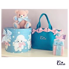 マシュマロラムは今回は爽やかなブルードット2インチの幅広のリボンがとびっきりかわいいです #cerisestore #cerise #hatbox #teddybear #candle #blue  http://ift.tt/1Q2xmvf