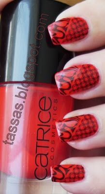 Tassa's blog: Red & Black