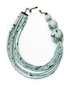 """Asymmetrical Fabric Necklace - Speckled Seafoam"" - knobbly #t_shirts_yarn #trapillo #fettuccia"