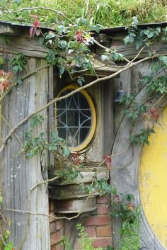 Doors, windows, and gates Witch Cottage, Witch House, Cozy Cottage, Casa Dos Hobbits, Ivy House, The Hobbit, Hobbit Hole, Architecture Details, Building Architecture