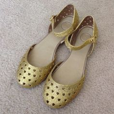 Mel gold glitter heart sandals Worn a couple times in great condition! So cute! Mel Shoes Sandals