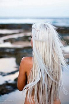 White hair. Want this