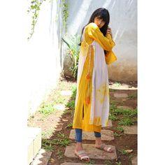 The Muslin Bag Yellow Chiffon Printed Layered Kurti