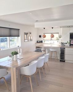 – Pintogo - Home Page Open Plan Kitchen Living Room, Home Decor Kitchen, Kitchen Interior, Dining Room Design, Interior Design Living Room, Room Interior, Minimalist Dining Room, Sweet Home, Küchen Design