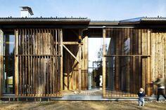 """Haus Laanz """"Stadl"""", Parkstetten - ediundsepp – Lang Hugger Rampp Wood Glass, Sliding Doors, The Row, Beach House, Greece, Barn, Exterior, Architecture, Bachelor 21"""