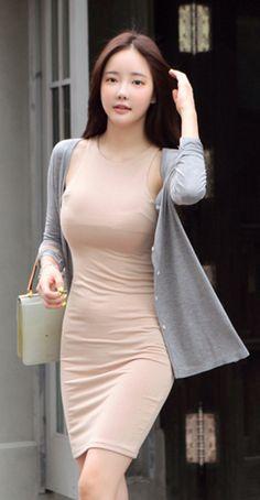 [LUXE ASIAN: ASIAN FASHION] Menu cardig,anasian women style, luxe asian, dress, korean style,ASIAN STYLE,ASIAN FASHION,ASIAN WOMEN STYLE FASHION