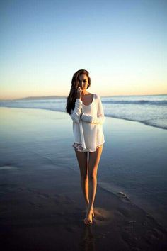 Beach photography BEACH | STRAND | DREAM | CUTE | BEAUTIFUL | GIRL | HIPSTER | BLONDE | HAIR | STYLE | FASHION | WONDERFUL | OUTFIT | BIKINI