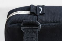 Banantex® – Versatility is the essence, sustainability the base: biodegradable, buckles, yarn and zippers can be recycled. Flexible carrying options, adjustable volume for everyday wear. Safe Storage, Everyday Bag, Vegetable Tanned Leather, New Model, Biodegradable Products, All Black, Carry On, Pattern Design, Pouch