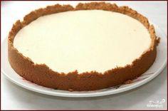 Salko koláč – veľmi lahodný dezert naozaj s jednoduchou prípravou! Hodí sa tak pre akúkoľvek príležitosť,... Czech Desserts, Sweet Desserts, Vegetarian Recipes Easy, Desert Recipes, Cheesecakes, Vanilla Cake, Cupcake Cakes, Deserts, Food And Drink