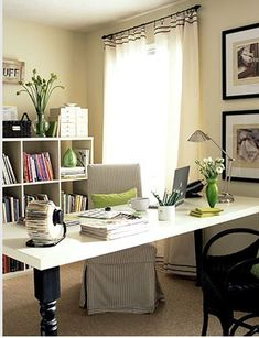 what if i use Linds' chairs and make a kitchen table like this?  HOME REDESIGN HK: EASY HOME OFFICE IDEA