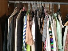 Sort the clothes you use from the clothes you really use, without breaking a sweat og doing anything active Break A Sweat, Do Anything, Sorting, Clothes, Cloakroom Basin, Outfits, Clothing, Kleding, Outfit Posts