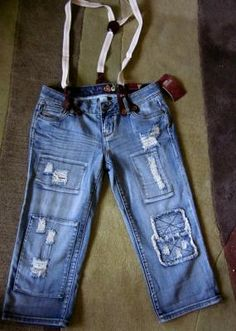 Brand New with Tags MUDD Crop jean capris with removable suspenders! Size 3 FREE SHIP!