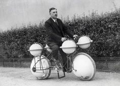 Strange-inventions-Amphibious bicycle