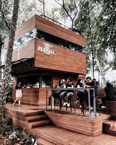 Located in the heart of Jakarta, it's inside the Ministry of Environment and Forest. But I could easily fool you thinking it was in Bandung… Cafe Shop Design, Coffee Shop Interior Design, Restaurant Interior Design, Coffee Design, Container Coffee Shop, Container Cafe, Small Coffee Shop, Coffee Shop Bar, Mini Cafe