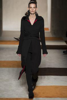 Victoria Beckham Fall 2016 Ready-to-Wear Collection Photos - Vogue