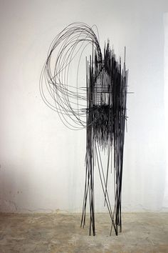 david-moreno-drawing-in-space-designboom-006