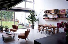 Loft moderno ao natural.