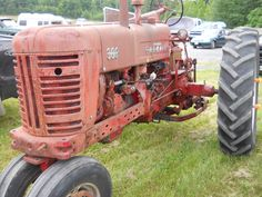 McCormick Farmall 300 Tractor     https://www.youtube.com/user/Viewwithme