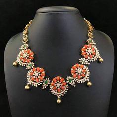 Pearl Jewelry, Indian Jewelry, Gold Jewelry, Beaded Jewelry, Jewlery, Beaded Necklace, Necklaces, Gold Jewellery Design, Diamond Jewellery
