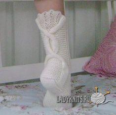 Ravelry: Talvenmaljat pattern by Lumi Karmitsa Knitting Machine Patterns, Knitting Stitches, Knitting Socks, Knitting Patterns, Crochet Patterns, Ravelry, Knitted Slippers, Knitting Accessories, Knitted Blankets