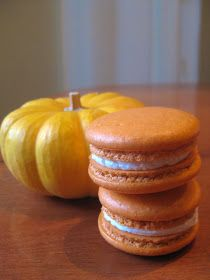 Pixie Crust: Pumpkin Spice French Macarons