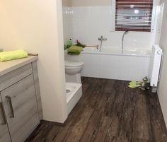 Elegantes suelos de vinilo para cocinas y baños. http://ow.ly/leJyr