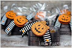 Kleine Naschkiste zu Halloween mit dem Stempelset Kreativkiste und den Framelits Holzkiste von Stampin' Up!