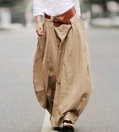 Tell me where I can find the full outfit . the trousers alone will do. Boho Fashion, Fashion Looks, Womens Fashion, Fashion Design, Fashion Trends, Fashion Models, Style Fashion, Mode Style, Style Me