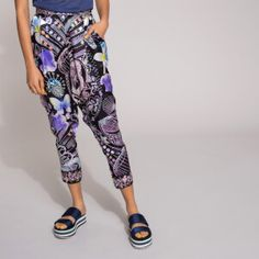 Now on eboutic. Green Spring Dresses, Red Indian, Indian Patterns, Pink Flowers, Pajama Pants, Purple, Jackets, Shirts, Color