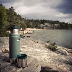 Our vacuum thermoses are reliable companions in any terrain.