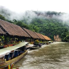 Jungle raft resort ,Kanchanaburi Thailand