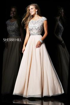 Shop prom dresses and long gowns for prom at Simply Dresses. Floor-length evening dresses, prom gowns, short prom dresses, and long formal dresses for prom. Grad Dresses, Modest Dresses, Dance Dresses, Pretty Dresses, Homecoming Dresses, Beautiful Dresses, Long Dresses, Dresses 2013, Dress Long