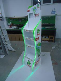 CARDBOARD FSDU WITH LED
