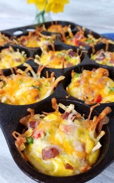 Rise and shine with a plan. A cheesy, crispy Loaded Denver Omelet Muffin plan that is! I'm loving brunch at home, no waiting in line for a table, just takes a little planning ahead. Eggs In Muffin Pan, Breakfast In Muffin Tins, Breakfast Potatoes Easy, Vegetarian Breakfast Casserole, Breakfast Casserole Muffins, Breakfast Platter, Egg Muffin Cups, Breakfast Appetizers, Breakfast Quiche