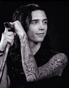 Andy Biersack The moment he spotted Juilet Simms