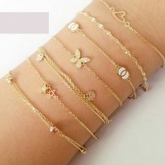 Fulfill a Wedding Tradition with Estate Bridal Jewelry Dainty Bracelets, Dainty Jewelry, Trendy Jewelry, Cute Jewelry, Bridal Jewelry, Gold Jewelry, Jewelry Bracelets, Jewelry Accessories, Fashion Jewelry