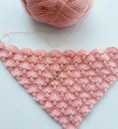 Modelin güzelliği diyorum ve çekiliyorum - Puff Stitch Crochet, Crochet Poncho, Knitted Shawls, Crochet Scarves, Crochet Lace, Crochet Stitches Patterns, Lace Patterns, Thread Crochet, Lace Knitting