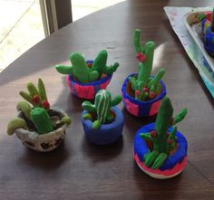 Mrs. Knight's Smartest Artists: Clay cactus in a pinch pot - LOVE LOVE LOVE