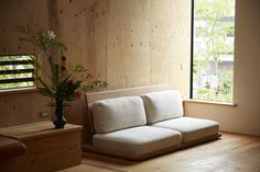 Small Swivel Chairs For Living Room Japanese Style Bedroom, Japanese Living Rooms, Japanese Home Decor, Japan Interior, Room Interior, Interior Design Living Room, Cheap Dining Room Chairs, Outdoor Dining Chair Cushions, Living Room Sofa