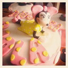 Yellow Minnie