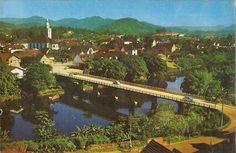 Foto pintada da ponte Abdon Batista na década de 60       (Fabricio Roger Eggert Herber/Antigamente em Jaraguá do Sul/Divulgação)