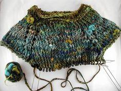 KAL year of the goat tunic Easy Knitting, Knitting Yarn, Knitting Patterns, Knitting Sweaters, Knitted Blankets, Knitted Hats, Roving Yarn, Yarn Inspiration, Crochet Tunic