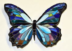 Blue Morpho Stained Glass Butterfly Mosaic by ArtInstitchtute - Cool Glass Art Designs Stained Glass Birds, Stained Glass Crafts, Faux Stained Glass, Stained Glass Designs, Fused Glass Art, Stained Glass Patterns, Mosaic Patterns, Stained Glass Windows, Mosaic Ideas