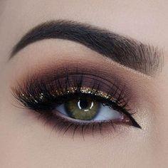 Dark Brown Smokey Eye + Gold Glitter Liner