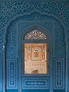 Treasure Hunting at Samode Palace [Rajasthan, India] Mughal Architecture, Ancient Greek Architecture, Art And Architecture, Amazing Architecture, India Pattern, Indian Interior Design, India House, Wall Stencil Patterns, India Design